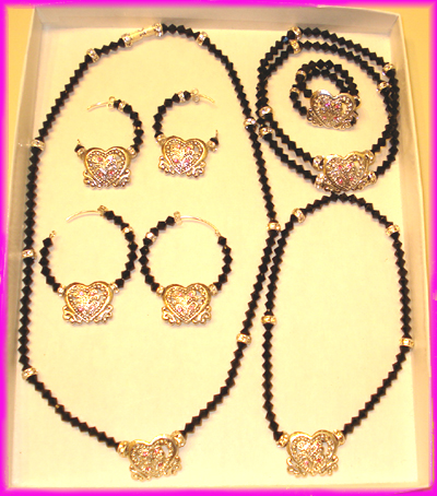 (1O) Black Rose Heart  1 Deluxe Set-